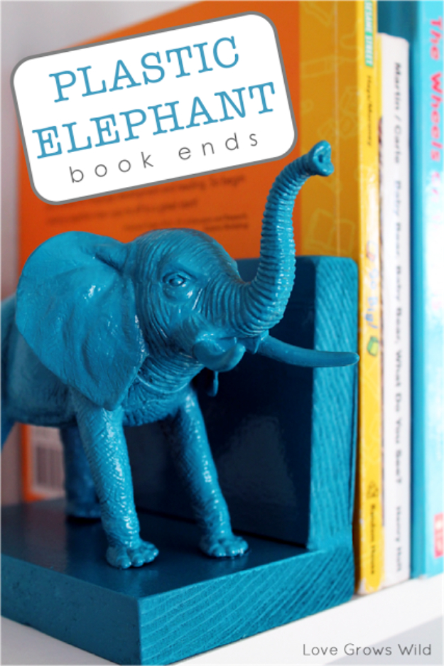 Cool Turquoise Room Decor Ideas - Plastic Elephant Bookends - Fun Aqua Decorating Looks and Color for Teen Bedroom, Bathroom, Accent Walls and Home Decor - Fun Crafts and Wall Art for Your Room http://stage.diyprojectsforteens.com/turquoise-room-decor-ideas